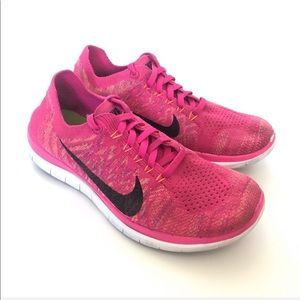 Nike Flyknit 4.0 Running Shoes in Hot Pink